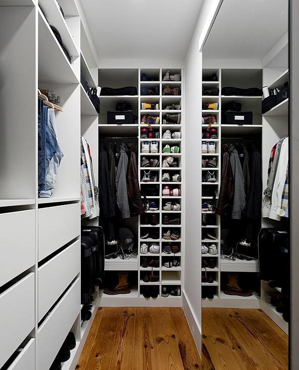 Гардероб хаус - маленькие гардеробные комнаты.